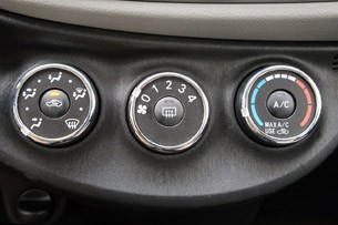 2012 Toyota Yaris climate controls