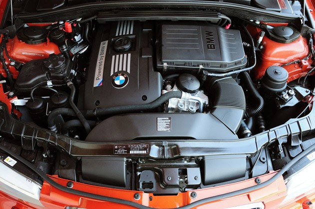 2011 BMW 1 Series M Coupe engine
