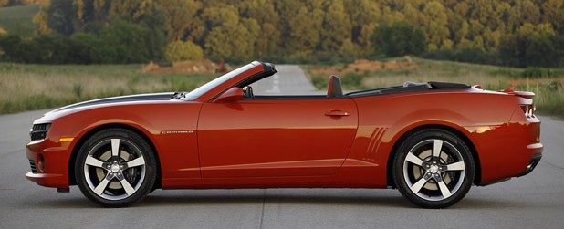 2011 Chevrolet Camaro SS Convertible side view