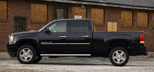 2011 GMC Sierra Denali side view