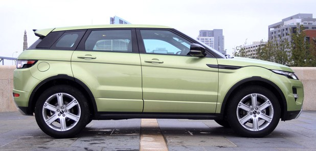 2012 Range Rover Evoque side view
