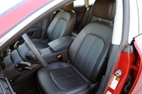 2012 Audi A7 3.0T front seats