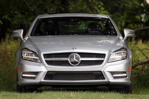 2012 Mercedes-Benz CLS550 front view
