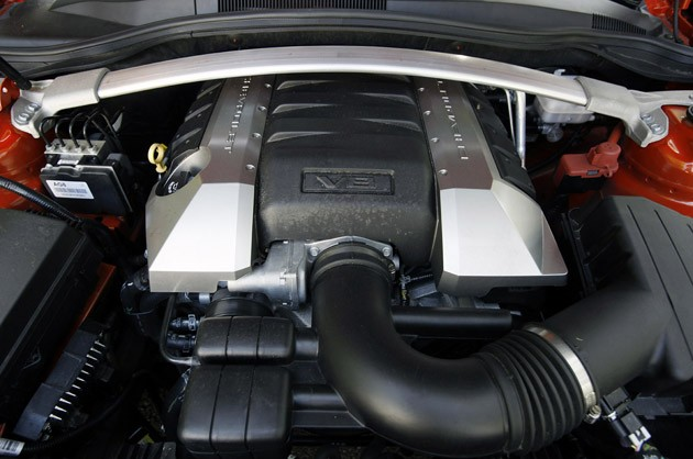 2011 Chevrolet Camaro SS Convertible engine