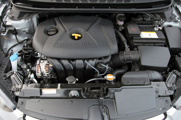 2011 Hyundai Elantra Limited engine