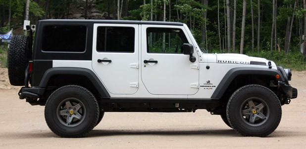 2011 AEV Jeep Wrangler Hemi side view