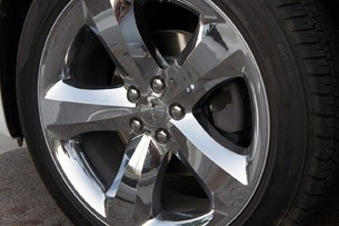 2011 Dodge Charger Rallye V6 wheel