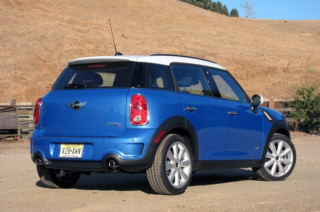 2011 Mini Cooper S Countryman All4 rear 3/4 view
