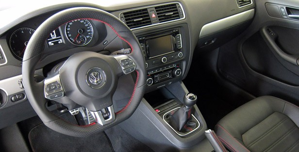 2012 Volkswagen Jetta GLI interior