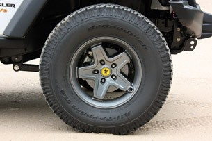 2011 AEV Jeep Wrangler Hemi wheel