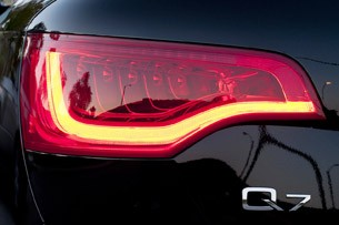 2011 Audi Q7 3.0T S line taillight