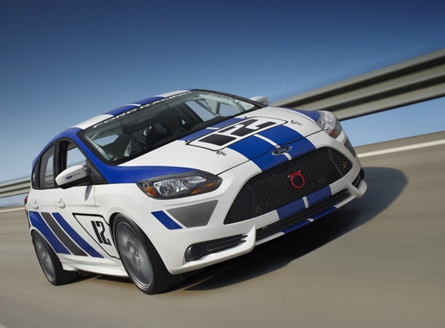 Ford Racing unveils Focus ST-R