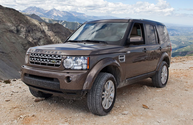Land Rover LR4 in brown