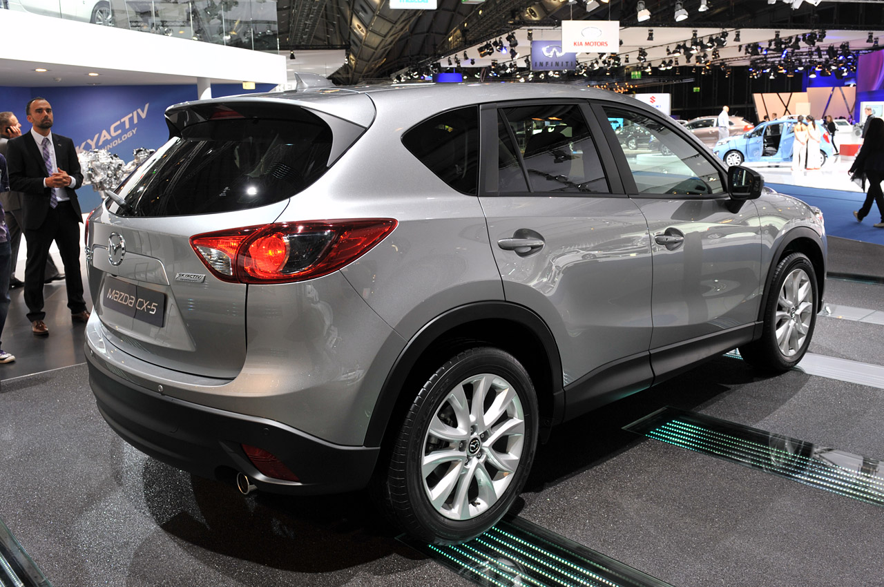2013 mazda cx 5 looks better without the camouflage autoblog. Black Bedroom Furniture Sets. Home Design Ideas
