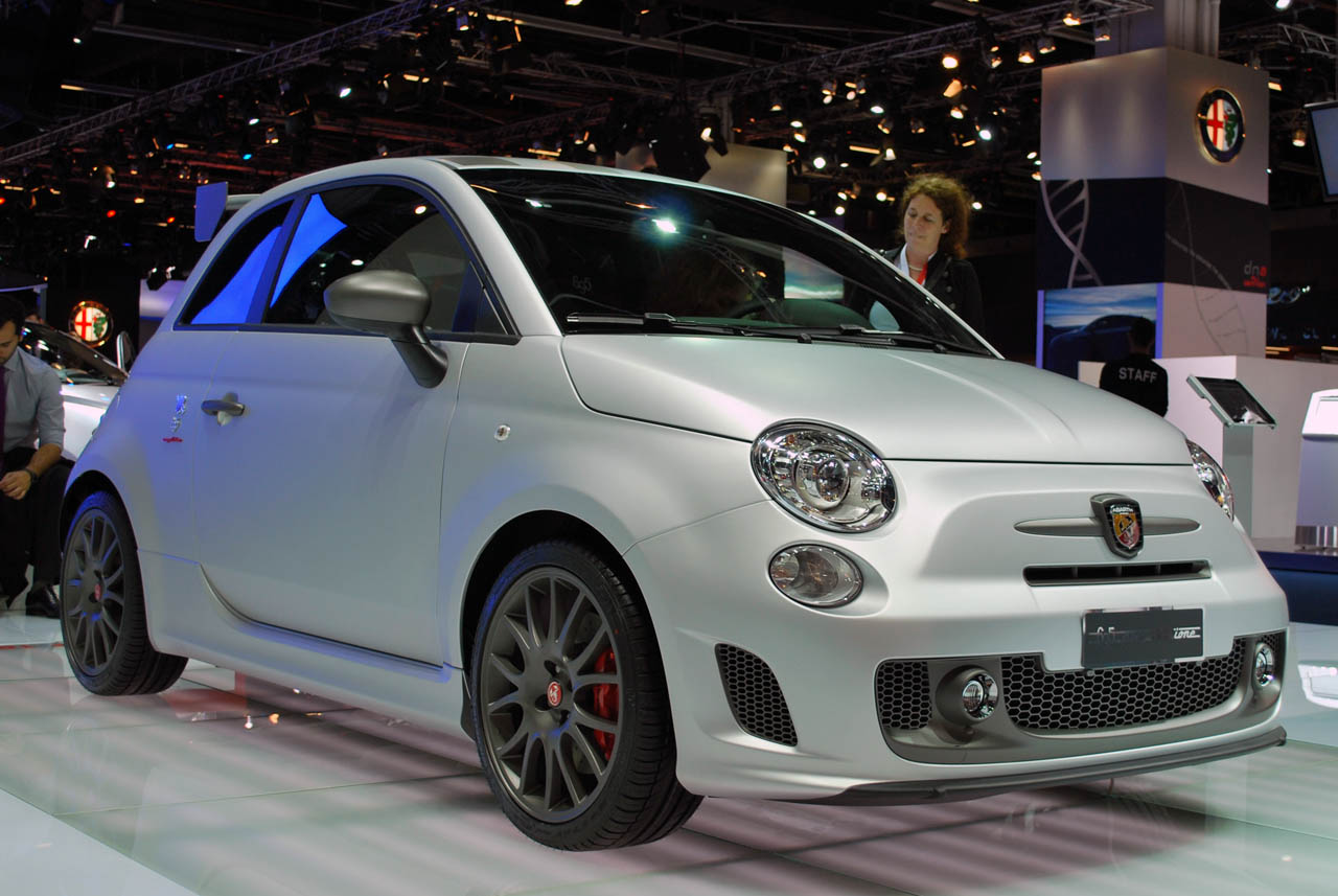 2011 frankfurt auto show abarth punto 500 cabrio italia. Black Bedroom Furniture Sets. Home Design Ideas