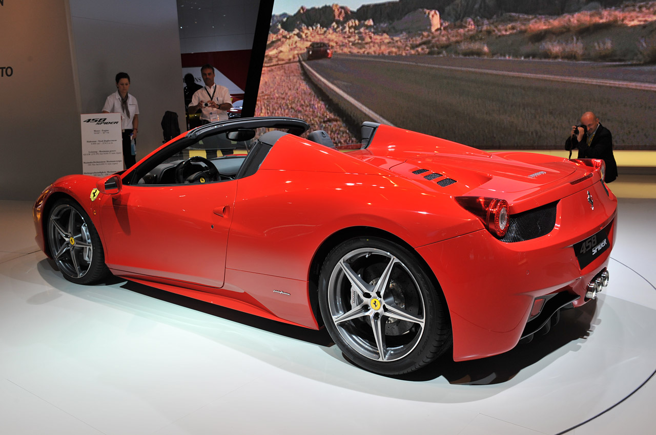 ferrari 458 spider priced from 257 000 autoblog. Black Bedroom Furniture Sets. Home Design Ideas