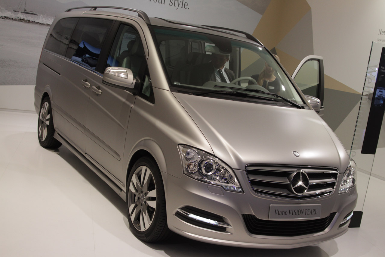 2012 mercedes benz viano vision pearl concept is a van for vvvips autoblog. Black Bedroom Furniture Sets. Home Design Ideas