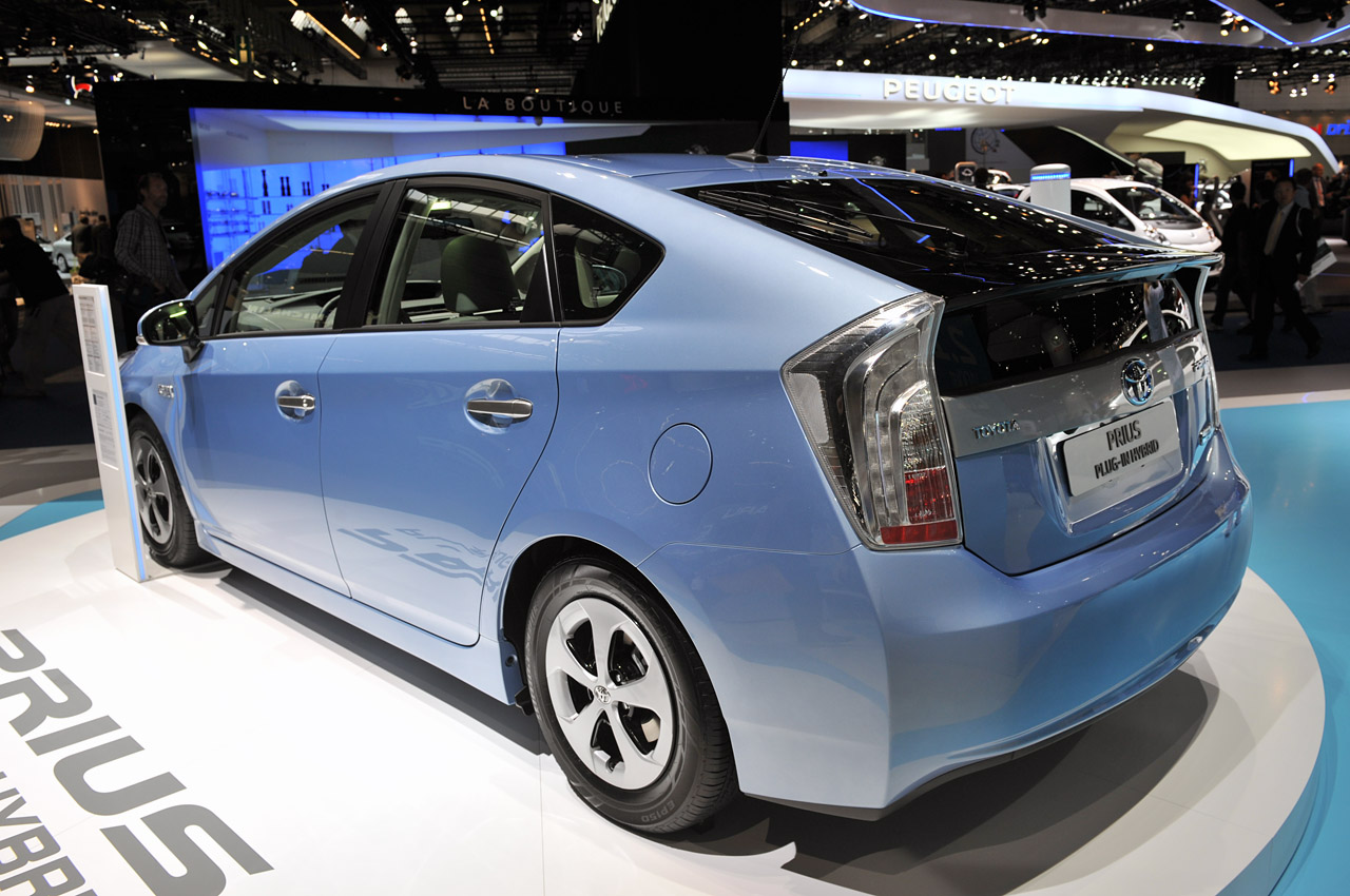 2012 toyota prius plug in hybrid returns 112 mpge autoblog. Black Bedroom Furniture Sets. Home Design Ideas