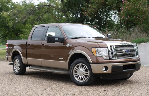 ford f 150 powertrains go head to head. Black Bedroom Furniture Sets. Home Design Ideas