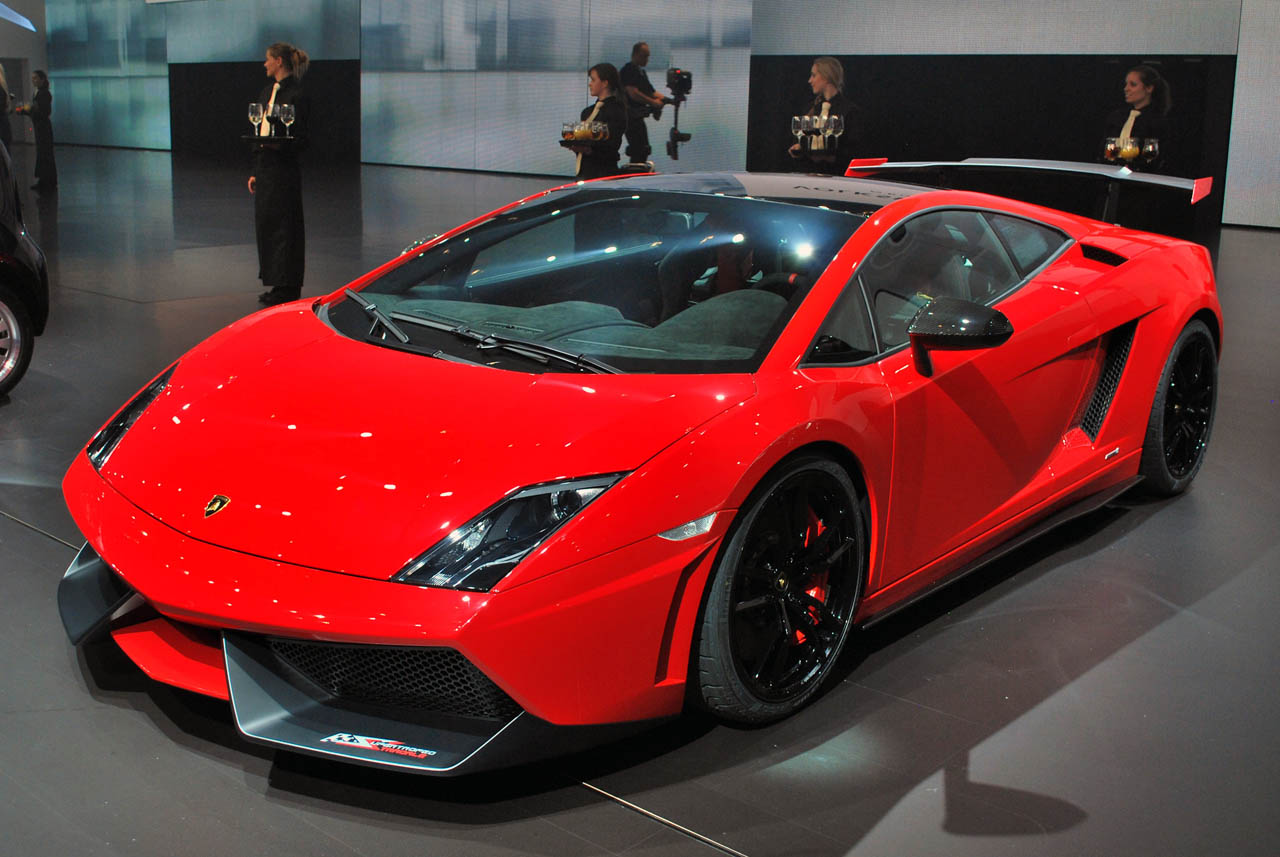 lamborghini gallardo super trofeo stradale hits the stage autoblog. Black Bedroom Furniture Sets. Home Design Ideas