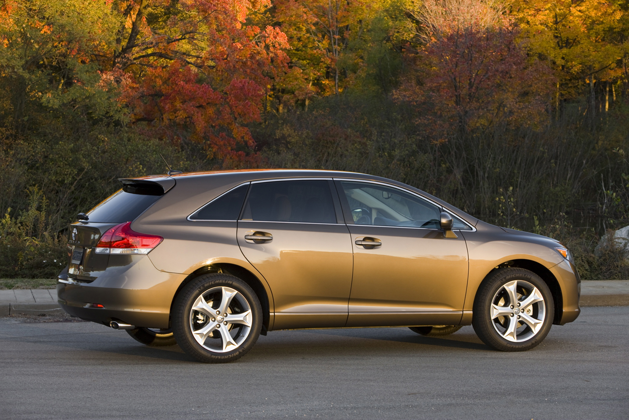 2008 2012 toyota venza photo gallery autoblog. Black Bedroom Furniture Sets. Home Design Ideas