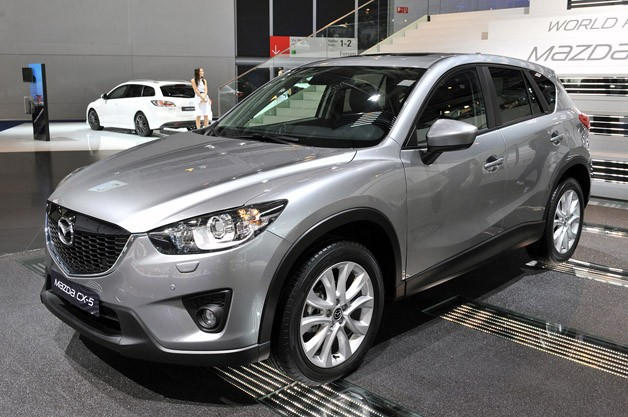 2013 mazda cx 5 looks better without the camouflage. Black Bedroom Furniture Sets. Home Design Ideas