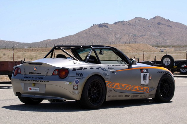 gsr autosport bmw z4 rear three quarter view