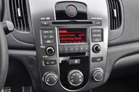 2011 Kia Forte 5-Door instrument panel