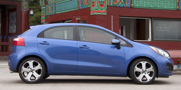 2012 Kia Rio 5-Door side view