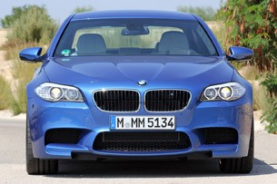 2012 BMW M5 front view