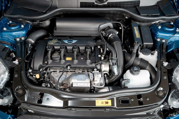 2012 Mini Cooper Coupe engine