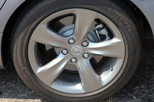 2012 Acura TL SH-AWD wheel