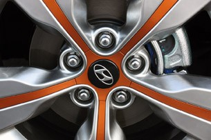 2012 Hyundai Veloster wheel