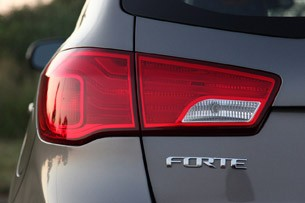 2011 Kia Forte 5-Door taillight