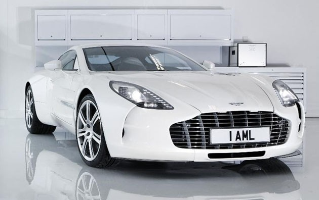 Aston Martin One-77 assembly