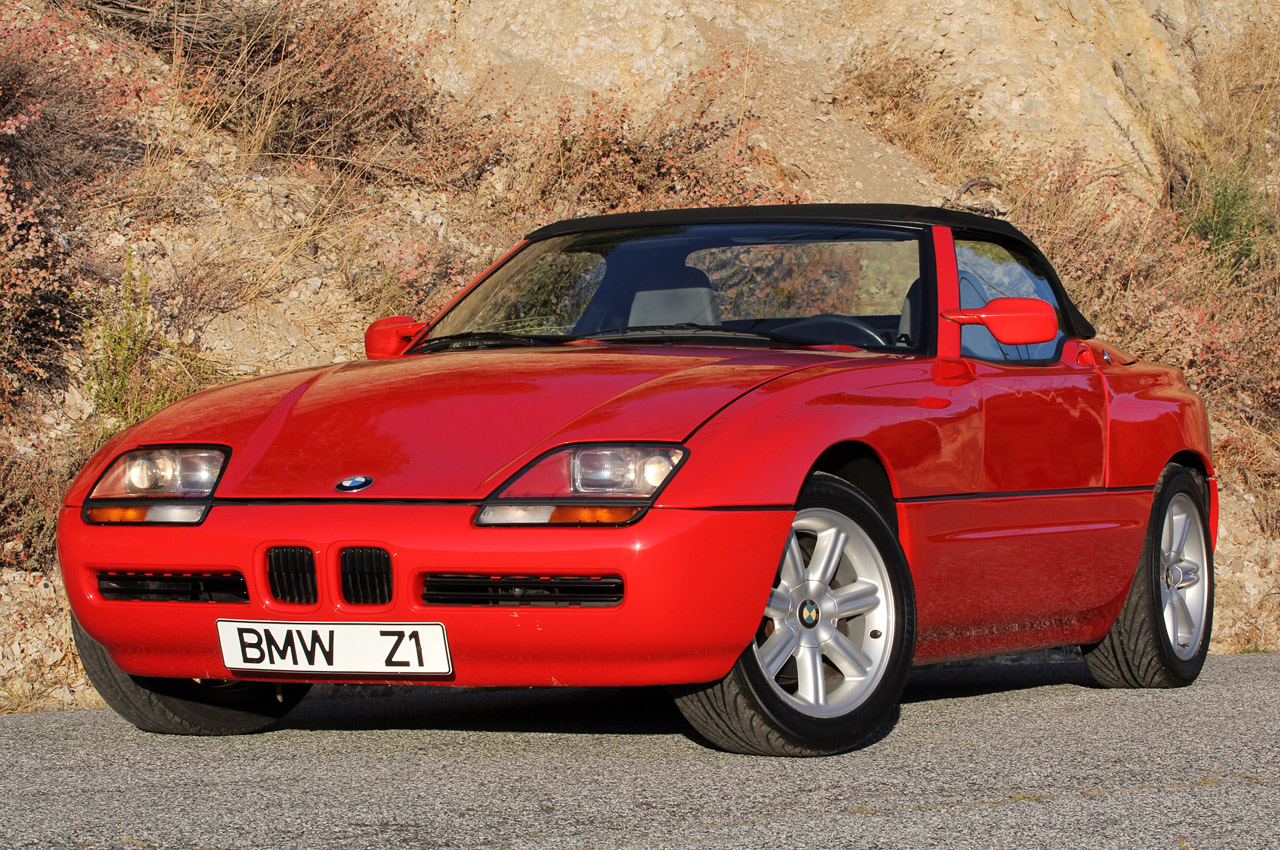 1989 bmw z1 w video autoblog. Black Bedroom Furniture Sets. Home Design Ideas