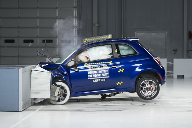 2012 Fiat 500 crash test