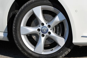 2012 Mercedes-Benz B-Class wheel
