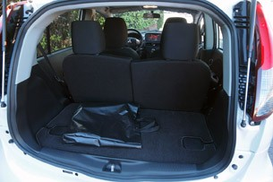 2012 Mitsubishi i rear cargo area