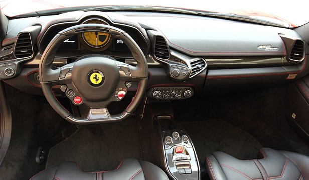 2012 Ferrari 458 Spider interior