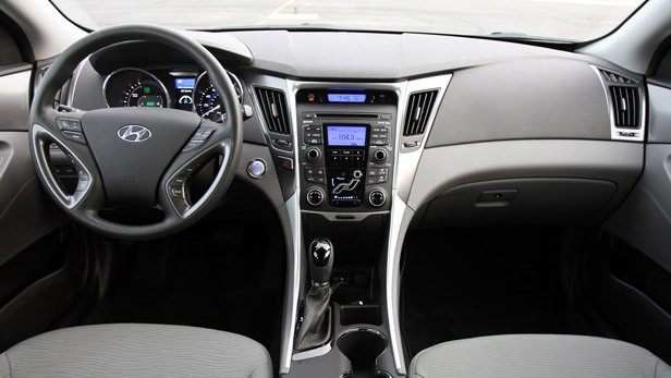 2011 Hyundai Sonata Hybrid interior