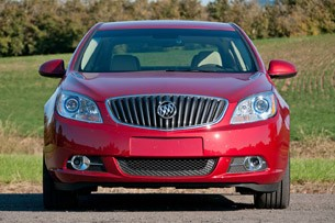 2012 Buick Verano front view