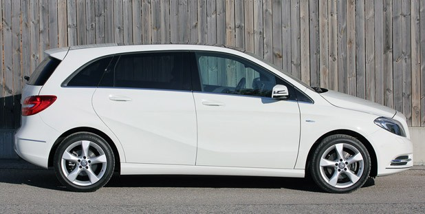 2012 Mercedes-Benz B-Class side view