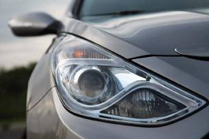 2011 Hyundai Sonata Hybrid headlight