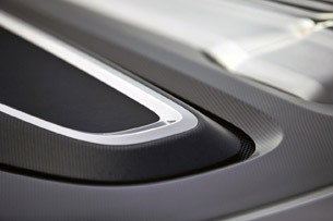 2014 Audi e-tron Spyder hood vent