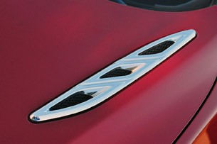 2012 Buick Verano hood vents