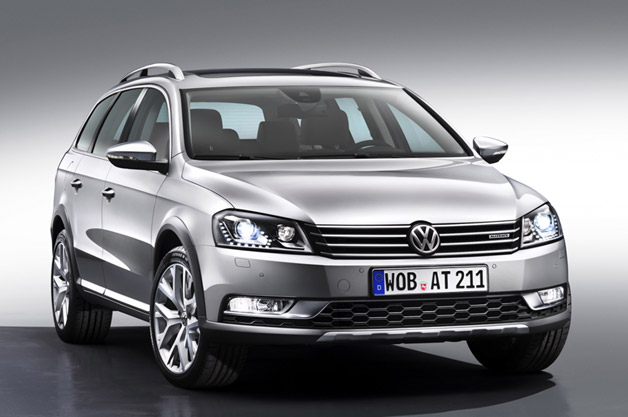 vw goes allroad with new passat alltrack. Black Bedroom Furniture Sets. Home Design Ideas