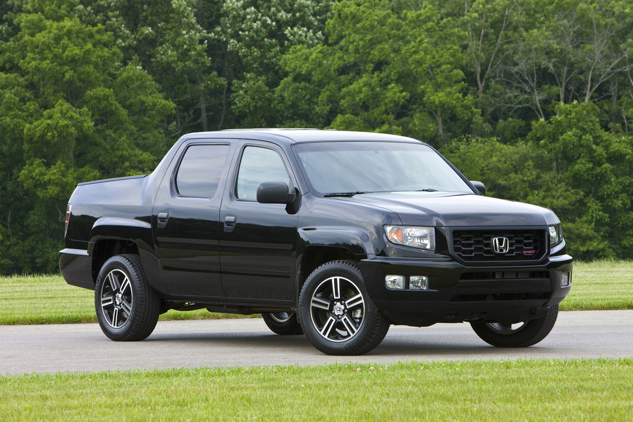 2012 honda ridgeline sport photo gallery autoblog. Black Bedroom Furniture Sets. Home Design Ideas
