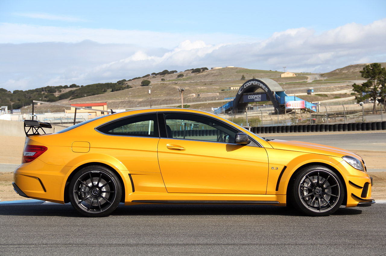 2012 mercedes benz c63 amg coupe black series review for Mercedes benz c 63