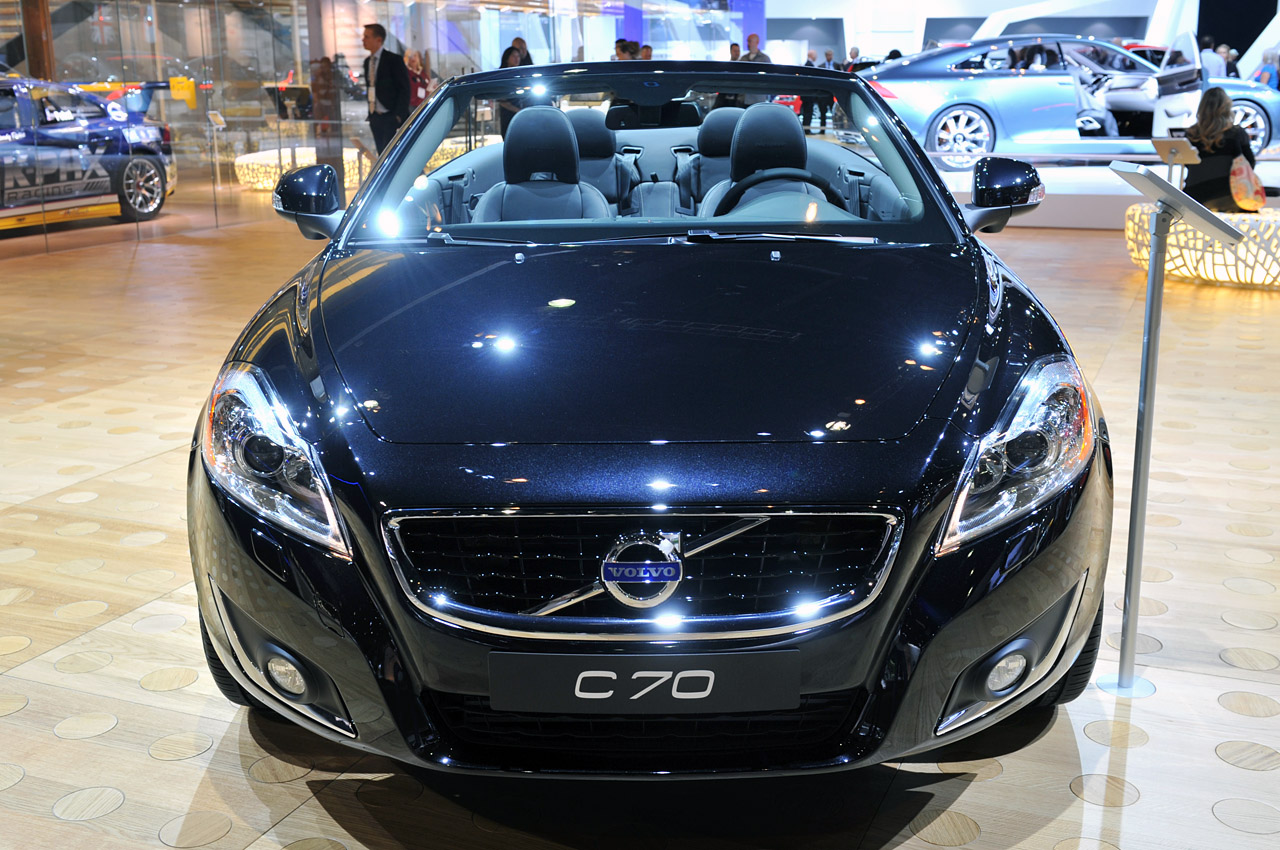 cabrio coupe pictures and ii images information volvo specs